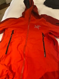 ARC'TERYX Ski Jacket- Men's Medium-$250 obo Washington, 20003