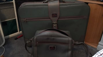 Gently used Jetson Two pc suitcase