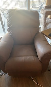 Recliner - Needs to Go ASAP