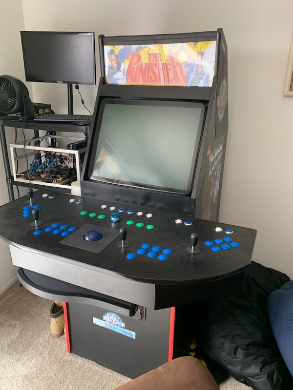 Arcade Cabinet MAME 4 player