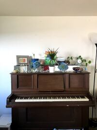 Beautiful Piano for Free!