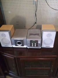 Sony cassette player and radio( obo ) with woofer