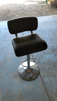 Black Leather barber chair Reno, 89521