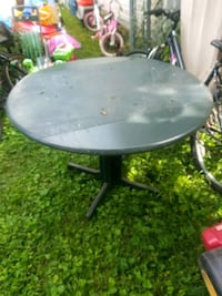 $15/ green Dinette table solid wood side go down Lexington, 40503