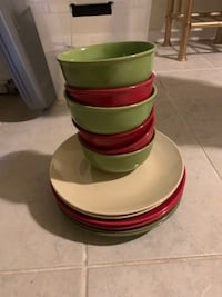 Dishes. (6)Plate and bowl sets. 3(solid colors)  Alexandria, 22309