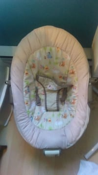 Baby bouncer :) Great condition Welland, L3B 5B9