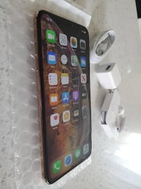iPhone XS Max256GB GOLD NEW !