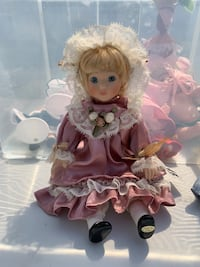 Little companions girl with pink satin dress Port Saint Lucie, 34952