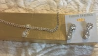 New Rhinestone Necklace and Matching Earrings Set Toronto, M4L 3P1