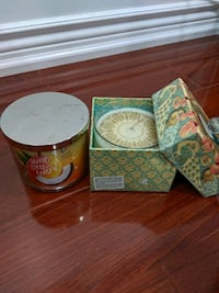 Candles x2  (one with a decorative box) Mississauga