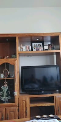 Entertainment Center. TV not included.  Rock Island, 61201