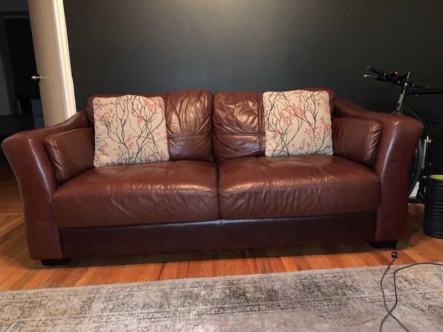 burgundy leather sofa usag vendre new york letgo rh fr letgo com