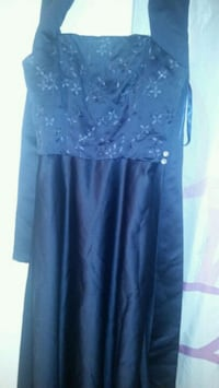 women's blue floral dress size  8 to 10 London, N5Y 3G1