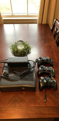 XBOX 360 with games Nashville, 37214