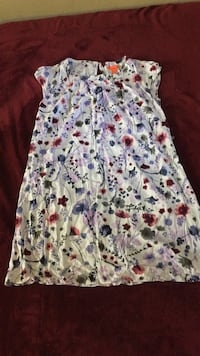 Floral sleeveless dress small  542 km