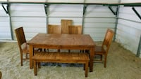 Dining Table w Built in Leaf and additional leaf Albuquerque, 87120
