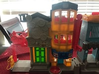 Imaginext fire and police station no figures