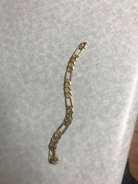 10 k gold bracelet for sale missing chain lock it broke off but other then the it perfect!  250 or best offer London, N6K 1E2