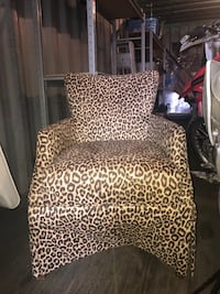 Animal print chair, must pick up
