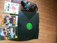 Xbox with controller and 3 games Hyattsville