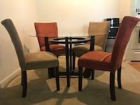 Three years old dining set with two end tables and a coffee  table  Orlando, 32825