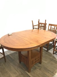 Dining Room Table | 5 Chairs