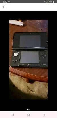 Nintendo 3ds with 3 games two are unopened  Shawnigan Lake, V0R
