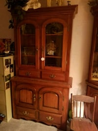brown wooden framed glass display cabinet Canton, 48187