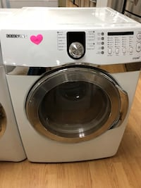 Samsung white dryer  47 km