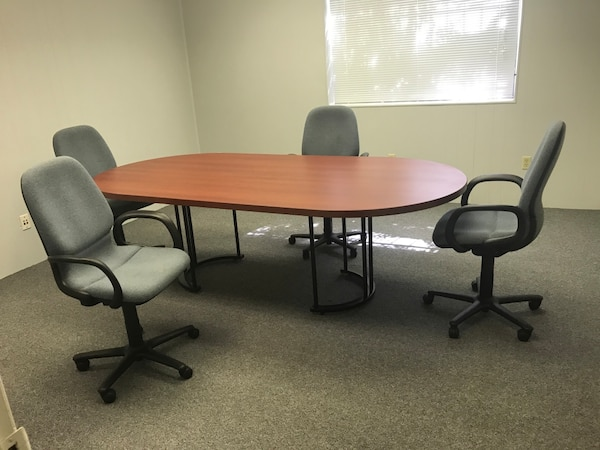 Used Ft Contemporary Oval Conference Table With Rolling Desk - Oval conference table for 8