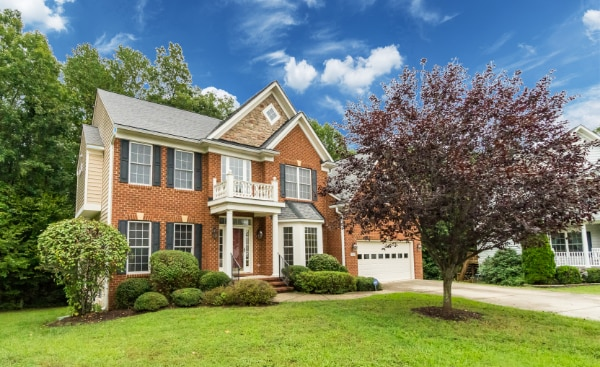 Huge Colonial Home For Sale