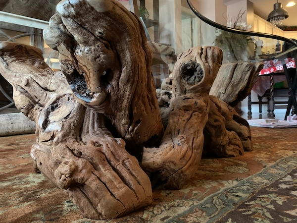 Must sell by Wed  Grapevine -Old Vines Coffee Table authentic, elegant 10ca5dd7-b130-419a-8589-482179c3ce13