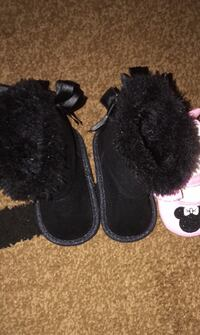 Baby girl boots size 2 Severn, 21144