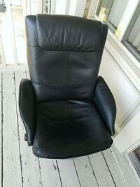 black leather padded rolling armchair Rockville, 20851