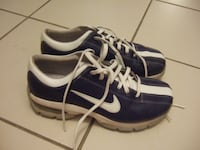 size 7 glof shoes from Nike,1039 Mississauga