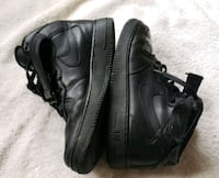 Nike Air Force 1 mid '07 men's size 8.5 Blk Chicago, 60652