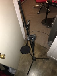Microphone stand for recording music and such Rosemead, 91770