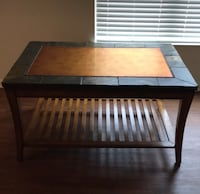 Coffee table $60 Metairie, 70002