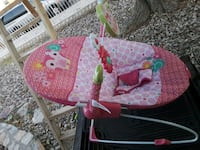 baby's pink and white bouncer El Paso, 79924