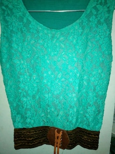 women's teal floral sleeveless top