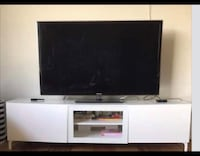 white modern tv stand Los Angeles, 91604