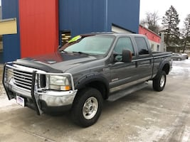 *CLEAN CARFAX* *DIESEL* 2004 Ford F-350SD Lariat Crew Cab --Ask About Our Guaranteed Credit Approval
