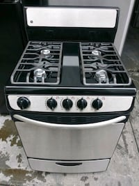 GE 24in gas Stove