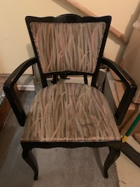 Dining room chairs- set of 4. All have arms $20 a chair. $80 total Portland, 97220