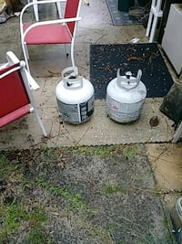 two white and gray propane tanks Fort Walton Beach, 32547