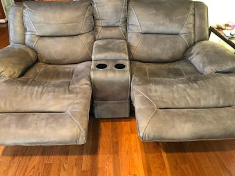 Recliner couch and chase with table set 0ca795c1-cc19-4c3f-94d0-e3c99a294e52