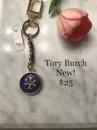 New Authentic Tory Burch keychain Aritzia Nordstrom  Toronto, M9C 1B8