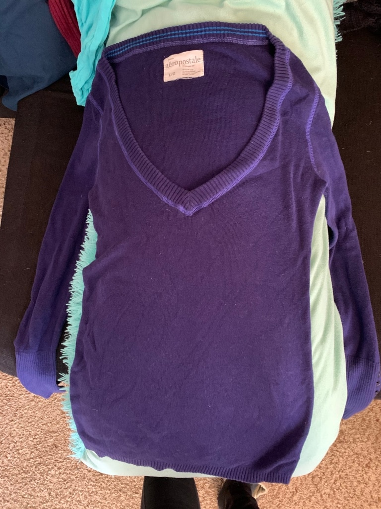 Photo Aeropostale sweater, size large. Great condition