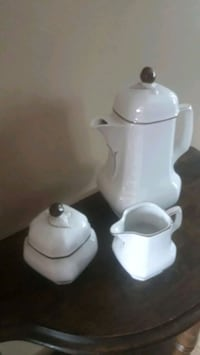 Coffee/tea, cream and sugar set  Whitchurch-Stouffville, L4A 4S5