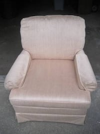 Family Room Chair Bettendorf